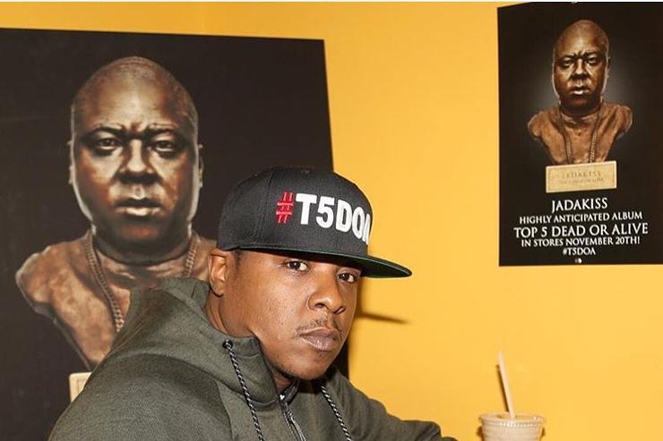 Jadakiss rocking #T5DOA at restaurant