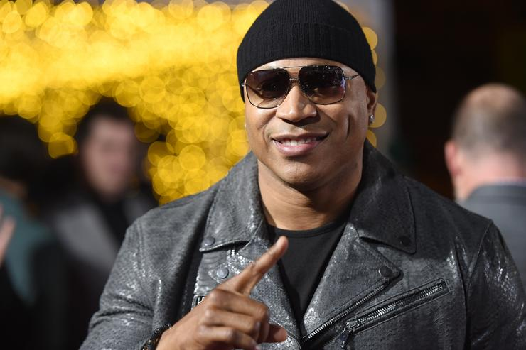 ll cool j at a movie premiere