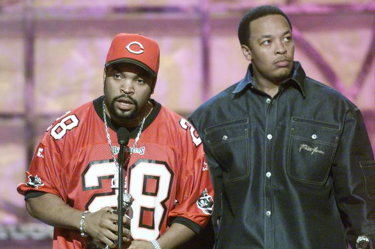 throwback pic of Ice Cube and Dr. Dre