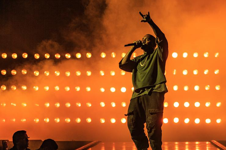 Kanye at the 2015 iHeartRadio Music Festival
