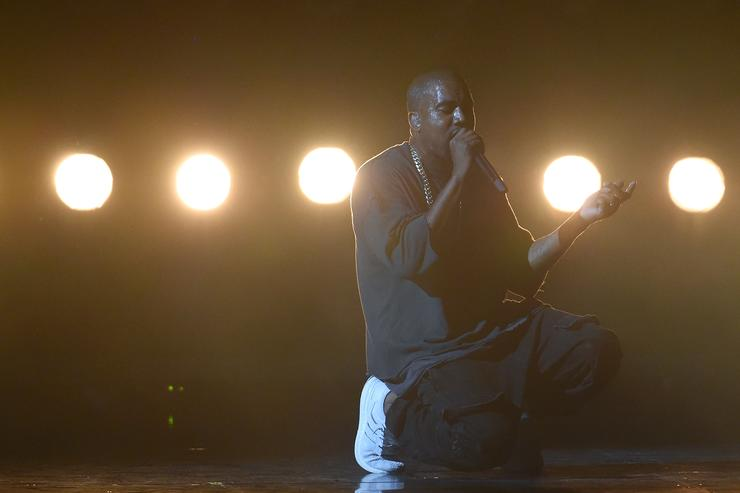 Kanye West performing