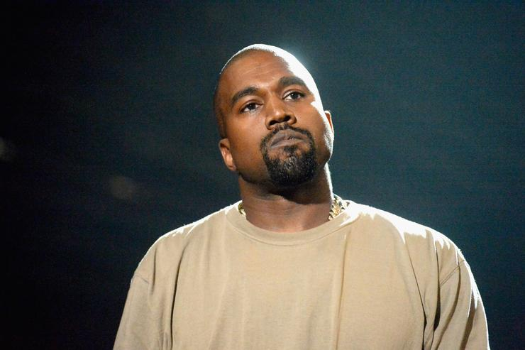 Kanye West accepts the Video Vanguard Award onstage during the 2015 MTV Video Music Awards