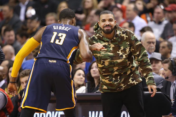 Drake at basketball game