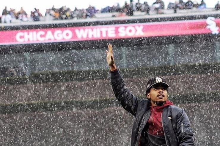 Chance throws out first pitch at White Sox
