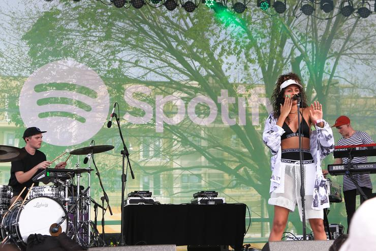 Aluna Francis of AlunaGeorge performs at The Spotify House, SXSW 2016, on March 15, 2016 in Austin, Texas.