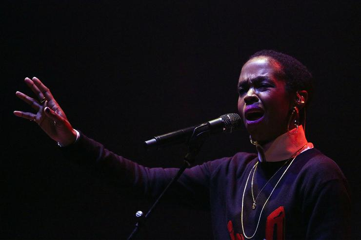 Lauryn Hill performing in Melbourne