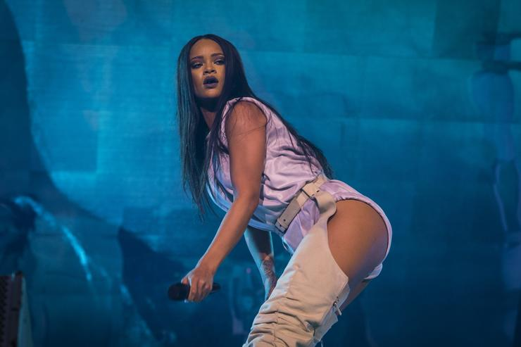Rihanna performing during her ANTI tour