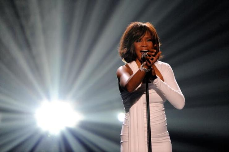 Whitney performing at 2009 American Music Awards.