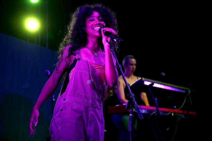 "SZA performing at HBO's ""Insecure"" party"