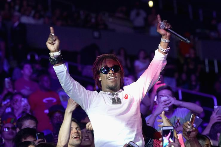 Lil Uzi Vert in the crowd, rock-star status