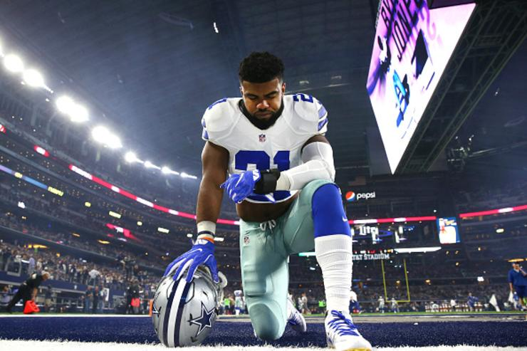 Ezekiel Elliott's defense for exposing woman's breast: 'We had sex later'