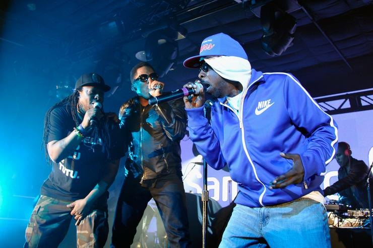 A Tribe Called Quest mark last show with tribute to Phife Dawg
