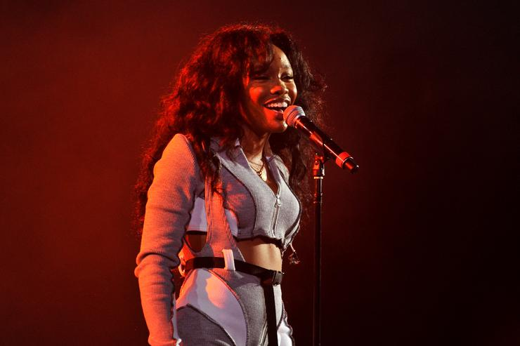 SZA at Halloween Vevo party