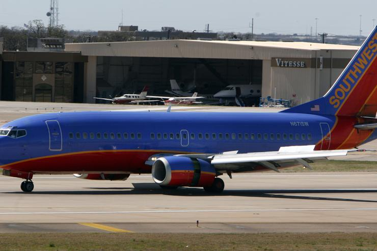 A Southwest Airlines plane taxis on the runway at airline's hub at Dallas Love Field March 12, 2008, in Dallas, Texas. Southwest Airlines said it has grounded about 40 of its jets to inspect for possible damage after admitting they missed safety inspections