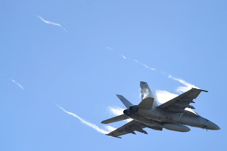 An F/A 18E Super Hornet from the United States Navy fighter squadron VFA-115 conducts a bombing run on April 6, 2016 in Townsville, Australia. Exercise Black Dagger is a field training exercise held at RAAF Base Townsville and surrounding airspace from 1 to 15 April.