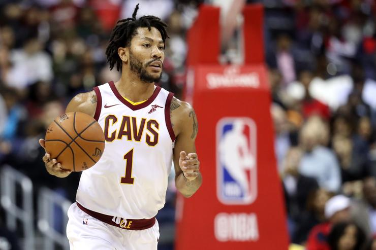 Lue giving D.Rose time to think, backs his return to Cavs