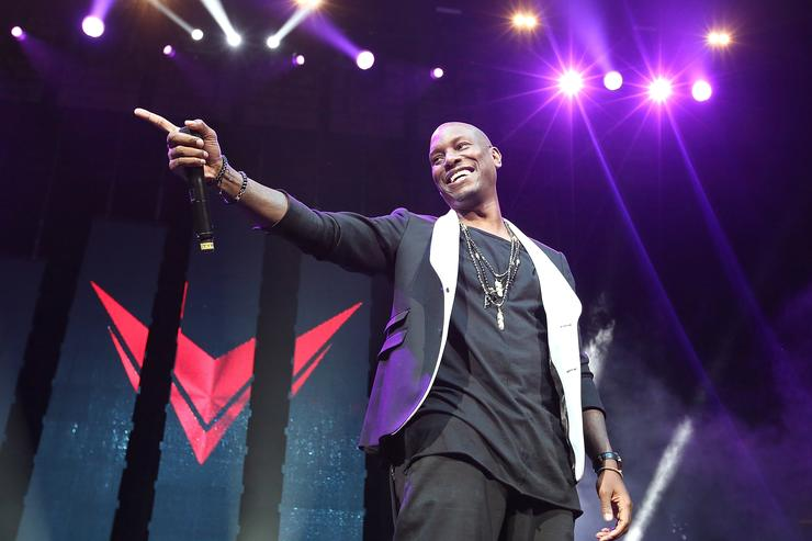 Singer Tyrese performs onstage at 'Christmas In The City' Concert at the Prudential Center on December 18, 2015 in Newark, New Jersey