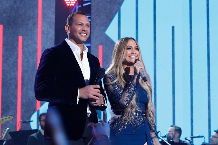 Jennifer Lopez touts Alex Rodriguez for Yankees manager