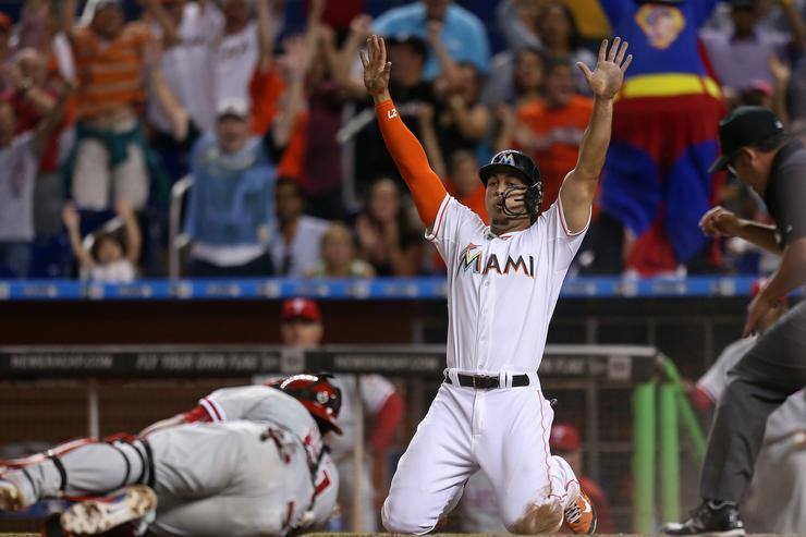 Giancarlo Stanton rumors: Marlins have trade framework in place with Giants, Cards