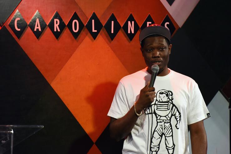 Comedian Michael Che performs onatage at Gildafest '16 at Carolines On Broadway on July 12, 2016 in New York City