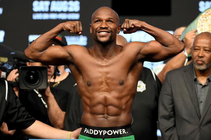 UFC Champion open to fighting Floyd Mayweather if he joins UFC