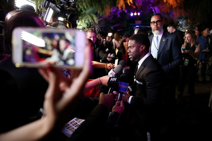 Kevin Hart attends the premiere of Columbia Pictures' 'Jumanji: Welcome To The Jungle' on December 11, 2017 in Hollywood, California