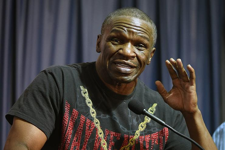 Floyd Mayweather Sr. reportedly charged with attacking woman after Canelo-Golovkin fight