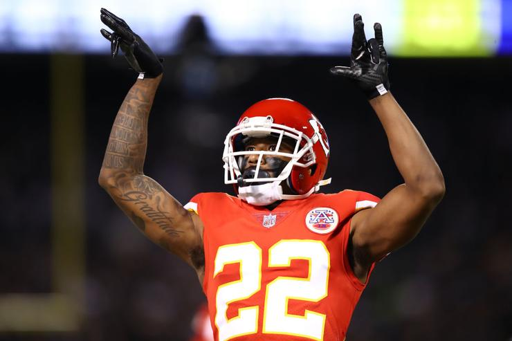 Kansas City Chiefs trading CB Marcus Peters to LA Rams