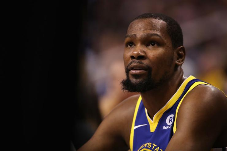 Kevin Durant should probably just stay off social media