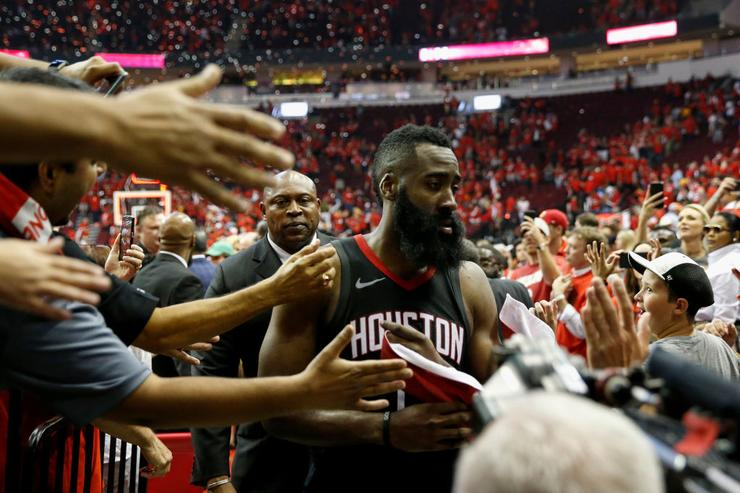 Jazz fan hilariously imitates James Harden complaining to ref