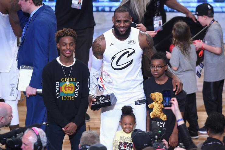 LeBron James with sons Bronny & Brce