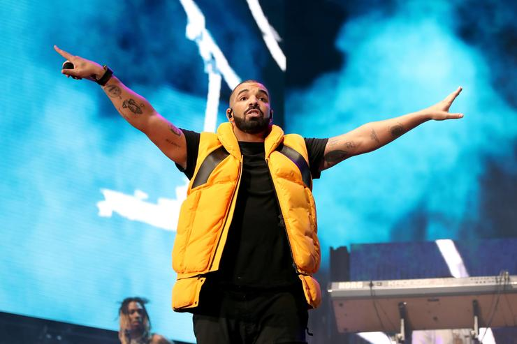 See Drake's new video for 'In My Feelings'