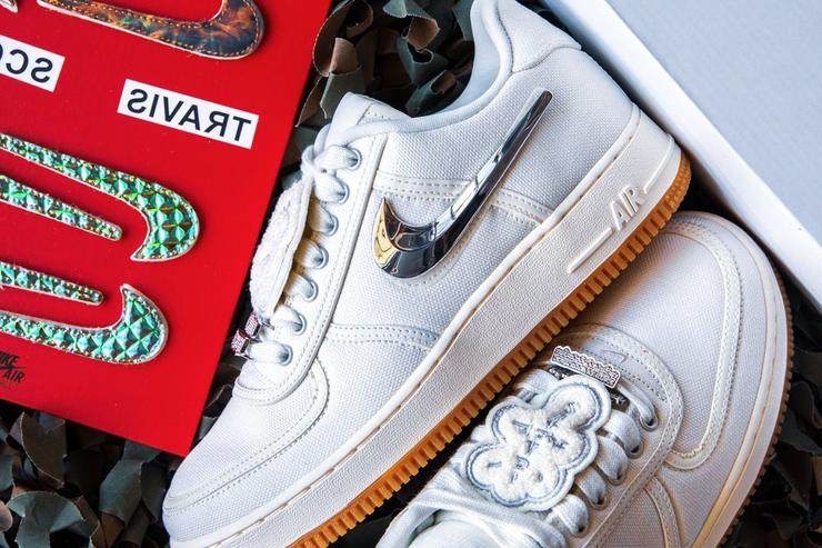 "Travis Scott x Nike Air Force 1 Low ""Sail"" Releases Today  Purchase Links c0e6ef8b5"