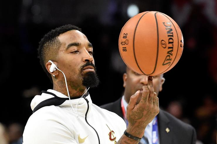 J.R. Smith reports to NYC police station on criminal mischief charge