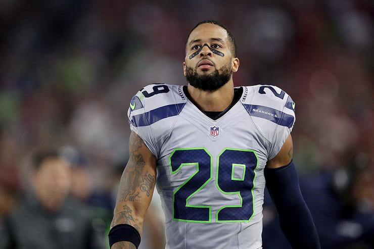 Seahawks Declined New Offer From Cowboys Before Earl Thomas Reported to Seattle