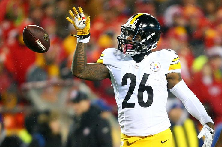 Steelers Won't Rescind Franchise Tag On Le'Veon Bell