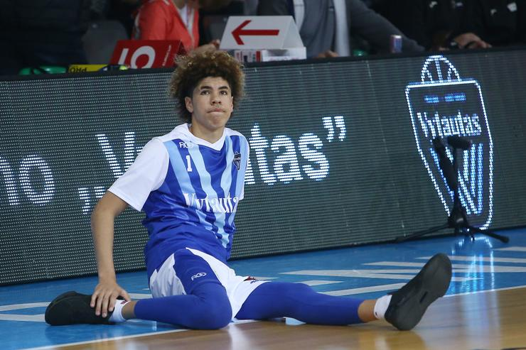 LaMelo Ball ejected after brawl in Lithuania