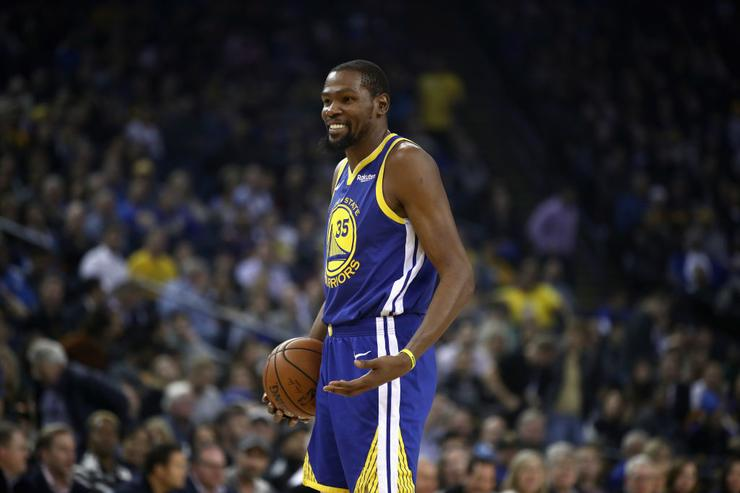 Kevin Durant's reaction to $25K fine caught on camera