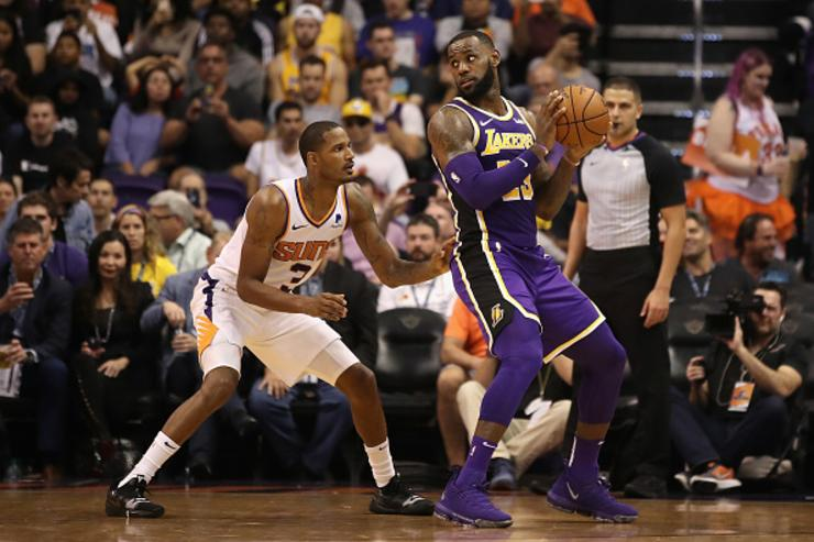 Lakers attempting to trade for Suns' Trevor Ariza